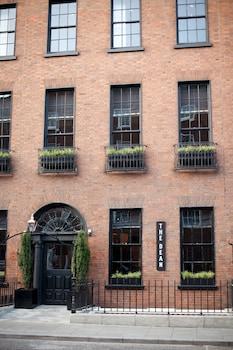The Dean Dublin, Dublin